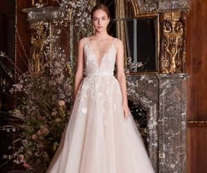 bridal, dress, and Monique Lhuillier image