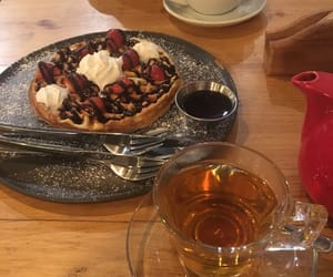 coffe, food, and strawberry image