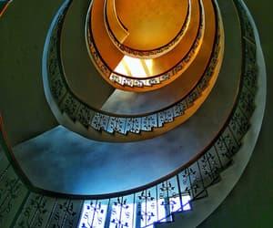 arquitectura, rincon con encanto, and escaleras image
