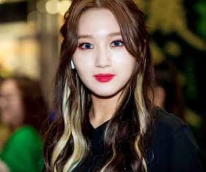 dreamcatcher, 시연, and siyeon image