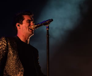 brendon urie, live, and doab tour image