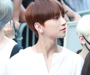 joshua, jisoo, and joshua hong image