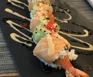 sushi and foodporn image