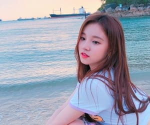 song yuqi, (g)i-dle, and kpop image