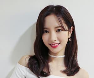 bona, kim jiyeon, and wjsn bona image