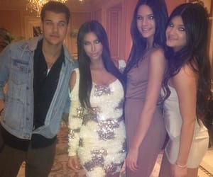 Kendall, kylie, and kim image