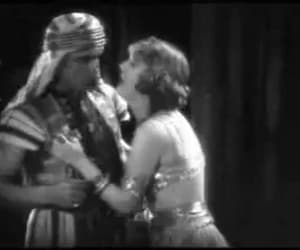 gif, rudolph valentino, and the son of the sheik image