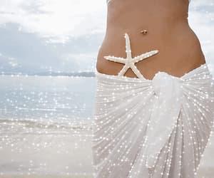 beach, estrella de mar, and sirena image