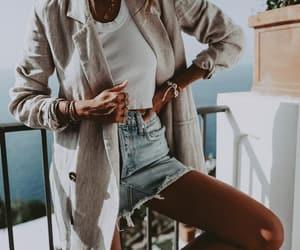 blogger, fashion, and andicsinger image