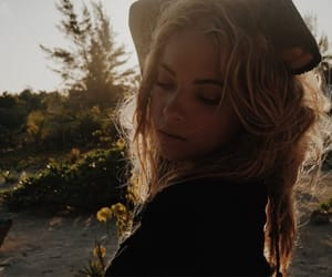 blonde, sun, and sunshine image