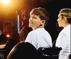 gif, x factor, and louis tomlinson image