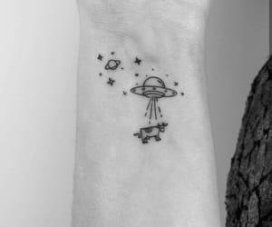 aliens, estrellas, and planetas image
