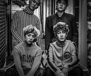 b&w, k pop, and black and white image