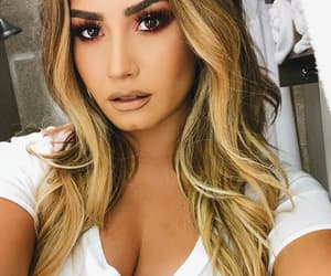 demi lovato, sexy Girl, and selfie image