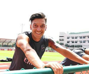Arsenal, mesut Özil, and afc image
