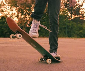 bokeh, photography, and skateboarding image