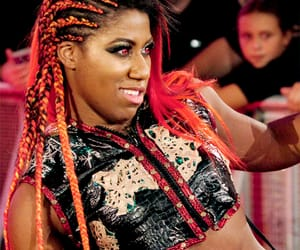 wwe, monday night raw, and ember moon image