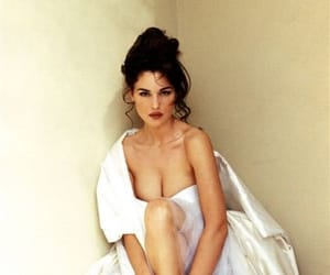 90s, bellucci, and girls image