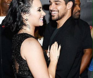 couple, demi lovato, and wilmer valderrama image