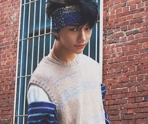 k-pop, hwang hyunjin, and stray kids image