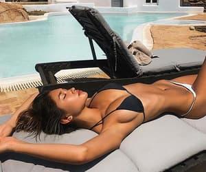 beauty, bikini, and meninas image