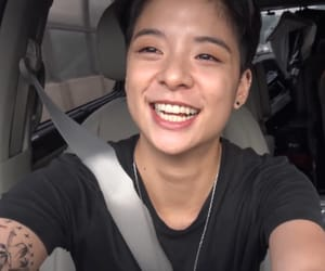 f(x) and amber liu image