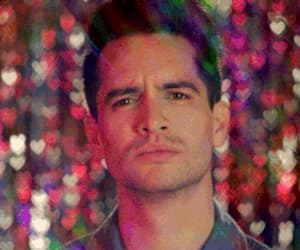 brendon urie, gif, and P!ATD image