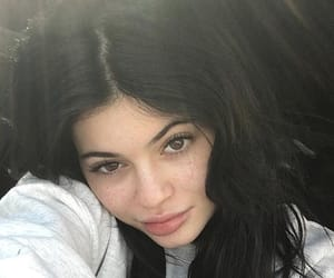girls, kylie, and kyliejenner image