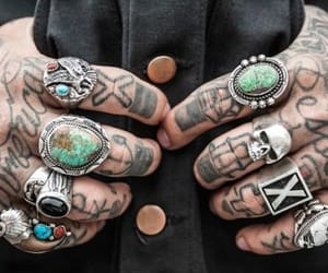 why tattoos are good idea and pros of tattoos image