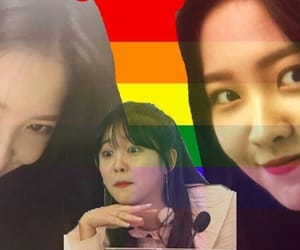 red velvet and reactions image