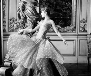 1950s, polka dot, and vintage beauty image