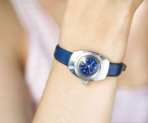 etsy, montre femme, and petite lady watch image