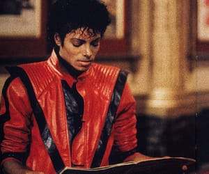 thriller, michael jackson, and king of pop image