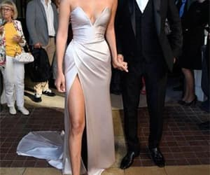 evening dress, prom dress, and celebrity dress image