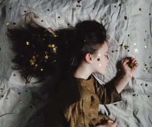 aesthetic, girl, and stars image