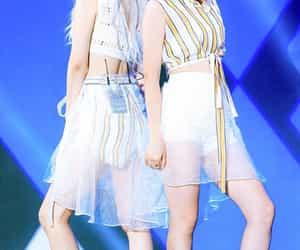 girl, jiwoo, and somin image