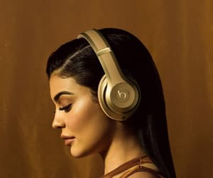 kylie jenner, beats, and jenner image