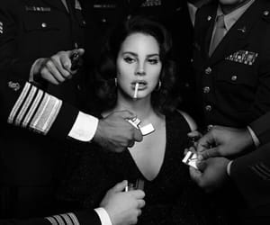 ldr, lana, and Queen image