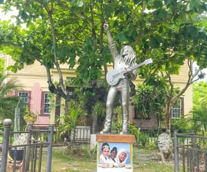 museum and bobmarley image