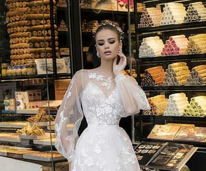 wedding, wedding dress, and dream wedding image