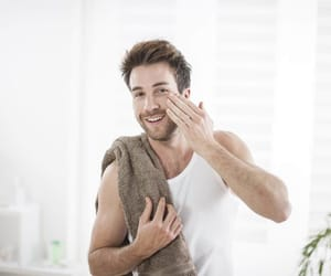 skin care, men's skin care tips, and reduce acne image