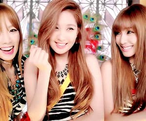tiffany, kim taeyeon, and tiffany hwang image