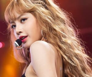 beautiful, kpop, and lisa image