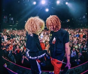 mom&dad, trippie redd, and love scars image
