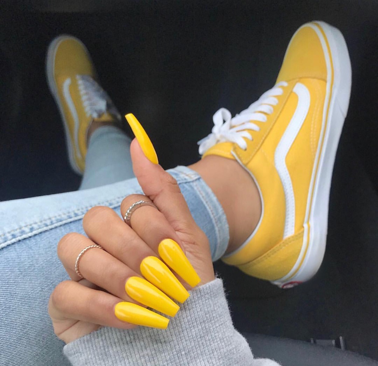 sunny with a chance of yellow nails 🌼 on We Heart It