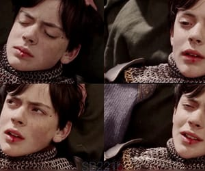 edmund pevensie, skandar keynes, and the chronicles of narnia image