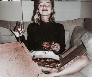 champagne, rianne, and pizza image