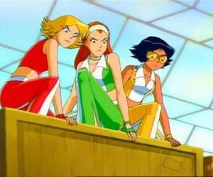 totally spies and الجاسوسات image