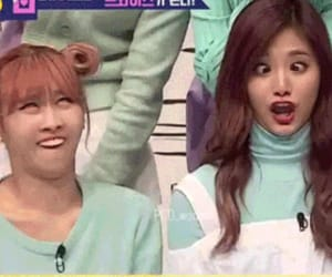 momo, reaction, and twice image