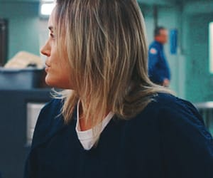 oitnb and piper chapman image